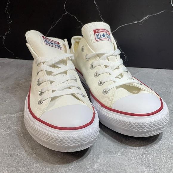 Converse Chuck Low White Size 8M-10W